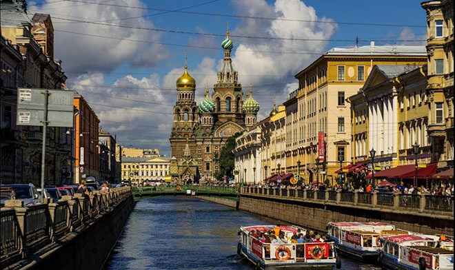 the most romantic place for dating in St. Petersburg