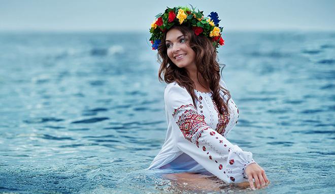 https://s.sweetydate.com/blog/ukr-women-guide/ukr-ladies1%20title.jpg